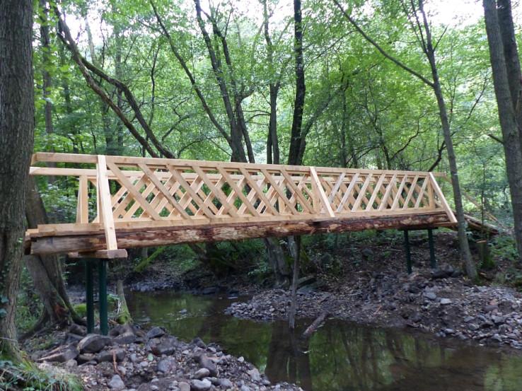 Obnovený mostík cez Krupinicu