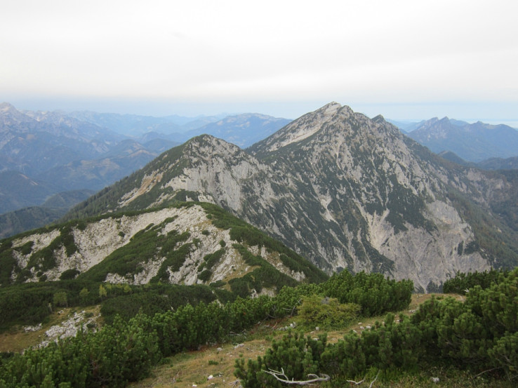 Pohľad spod Rohrauer Grosstenbergu na hrebeň Sengsengebirge s Hochsengsom