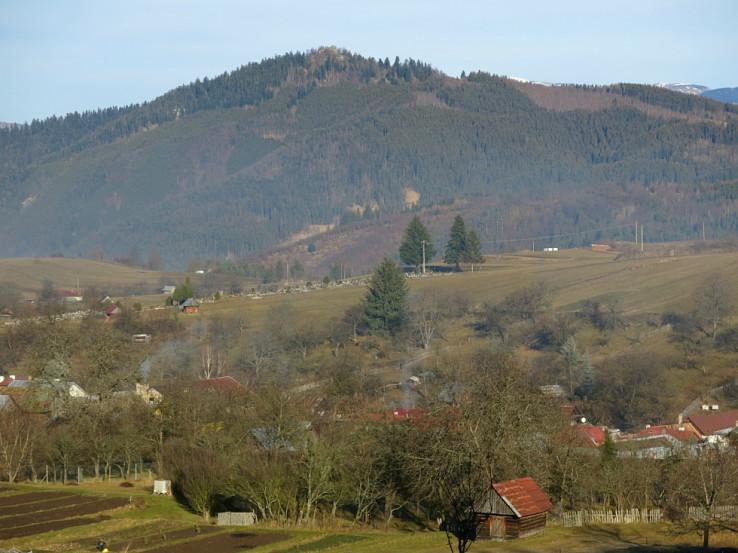 Pohľad na Vysokú (skalu) zo Strelníkov