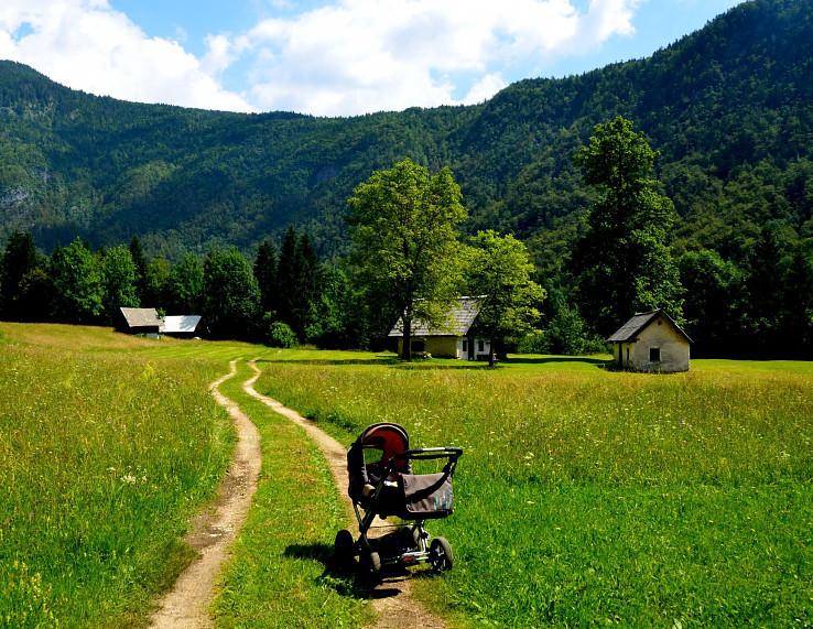 Kočíkom údolím Voje