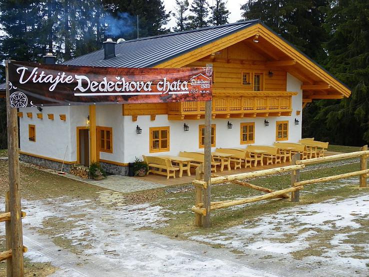 Obnovená Dedečkova chata v roku 2016