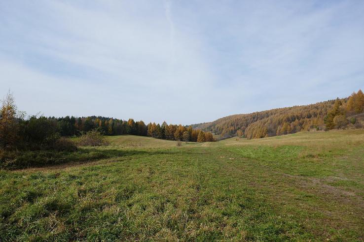 Cesta na Lačnovské sedlo