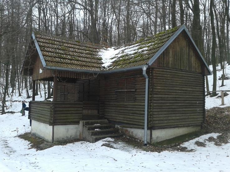 Chatka Lesov SR Hladomérke (Hladomierka)