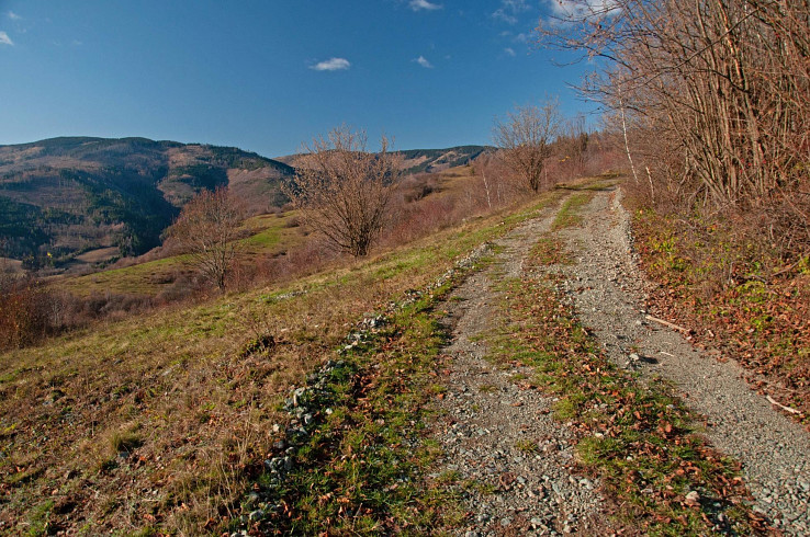 Výhľady smerom na západ na Trsteník