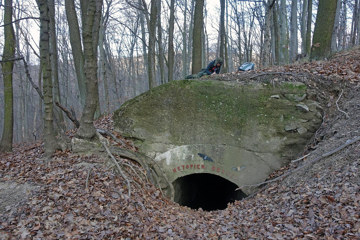 Kaverna Netopierí bunker II, nad Klepáčom (autor foto: Roman Matkovčík)