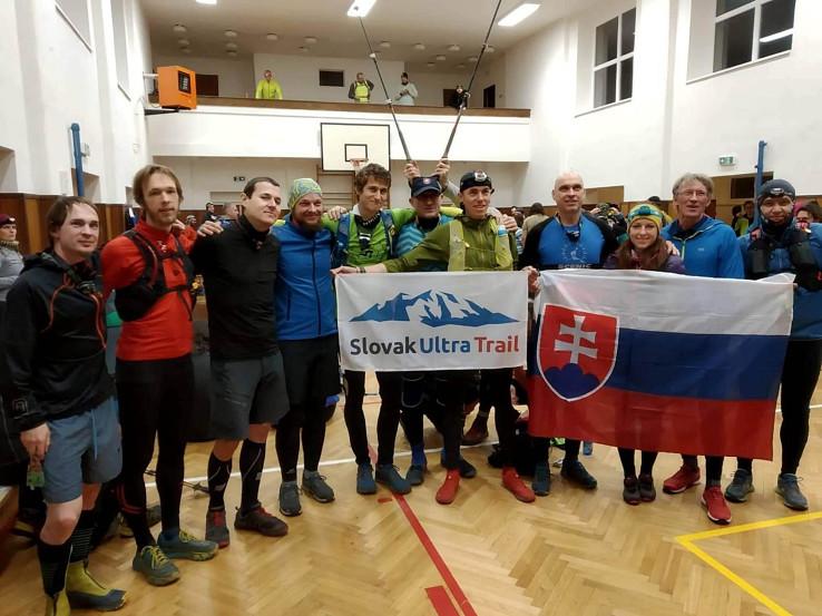Slováci na Pražskej stovke (autor foto: Slavo Glesk)