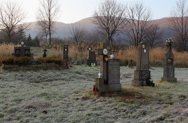 Cintorín Horných Opatoviec