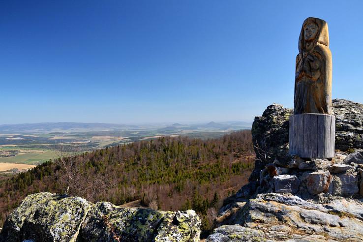 Výhľadové miesto neďaleko vrcholu Roháčky - Rozsypaná skala