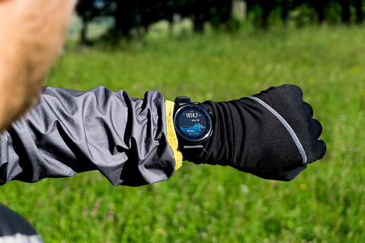 Coros Apex 46 mm - prémiové GPS hodinky so skvelou výdržou batérie až 35 hodín v GPS režime, GPS navigáciou a ďalšími užitočnými funkciami pre (ultra)bežcov, cyklistov či outdoorových nadšencov.