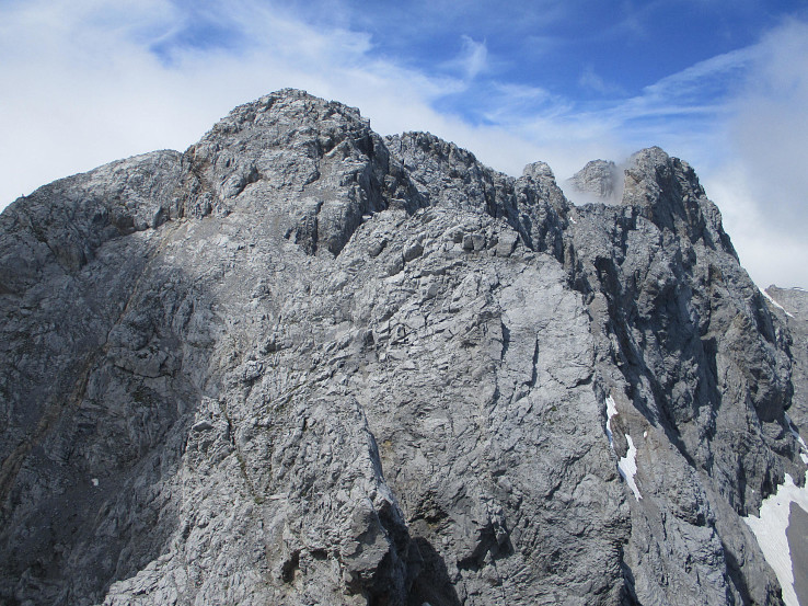 Pohľad na Hohe Warte, najvyšší kopec Karnských Álp