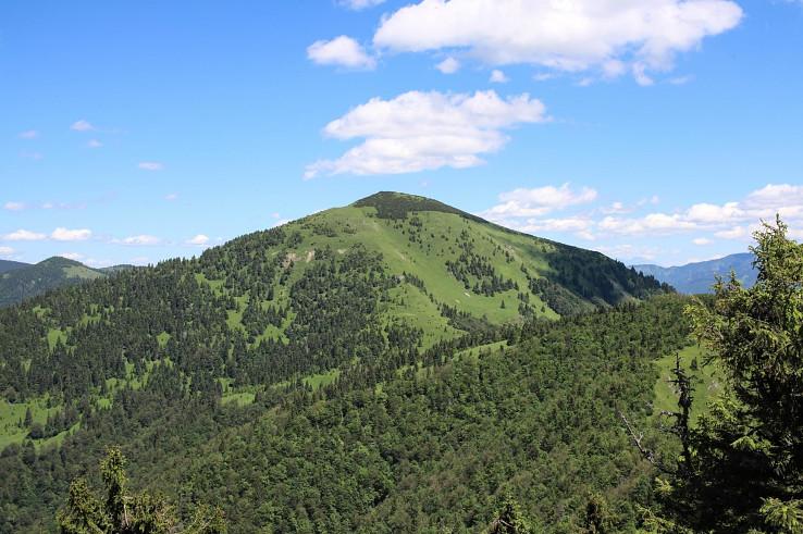 Pohľad na Rakytov z vrchu Minčol