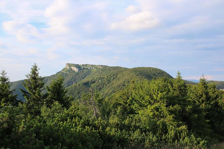 Pohľad na Kľak z vrchu Reváň