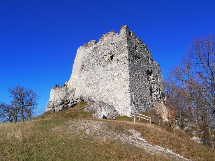 Hrad Tematín - južný bastilion