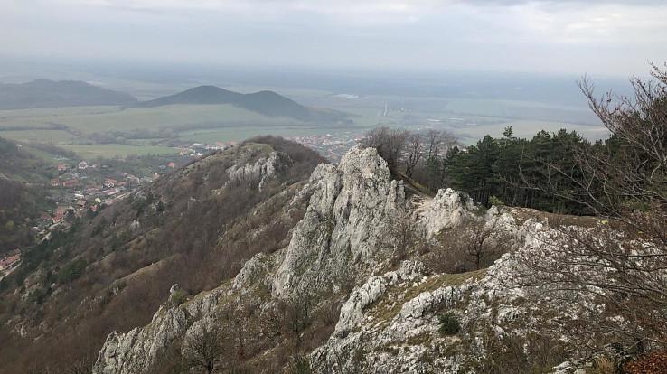 Výhľad z Kršlenice na Plavecký Mikuláš