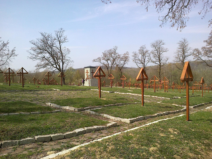 Vojnový cintorín Veľkrop