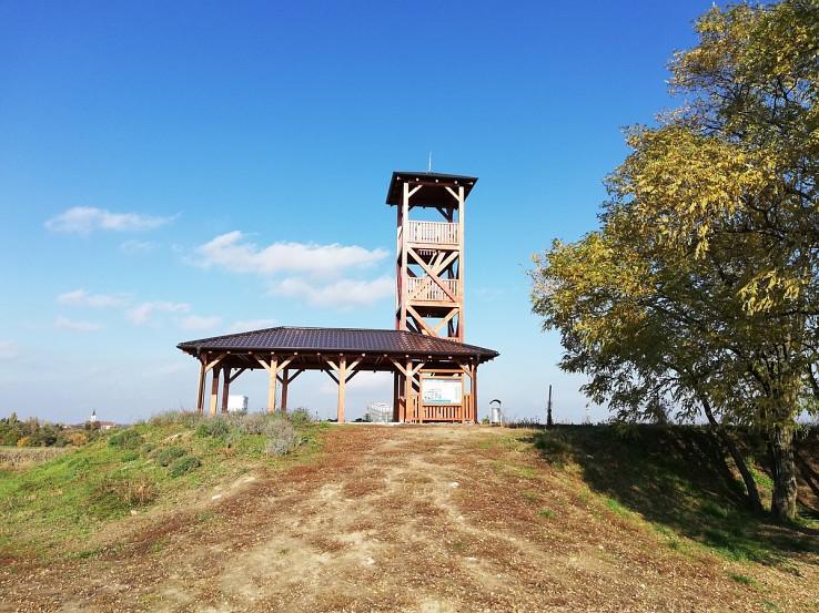 Rozhľadňa pri obci Jablonec