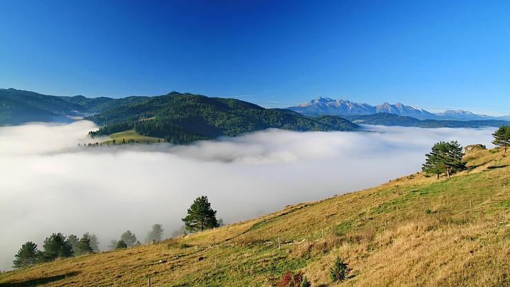 Hmly z Lesnického sedla, foto Peťo Nový