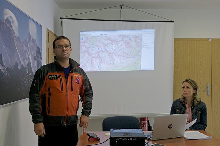 Riaditeľ HZS Jozef Janiga prezentuje prepojenie appky na TuristickaMapa.sk