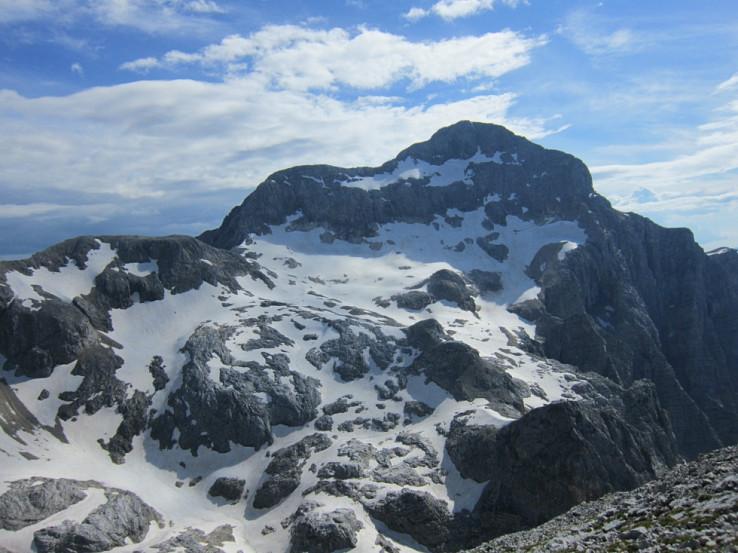Podvečerný pohľad na Triglav z Begunjskeho vrhu
