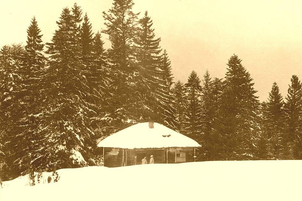 Dědečkova chata v 70-tych rokoch 20. storočia (zdroj: archív Klubu slovenských turistov Lokomotíva Banská Bystrica)