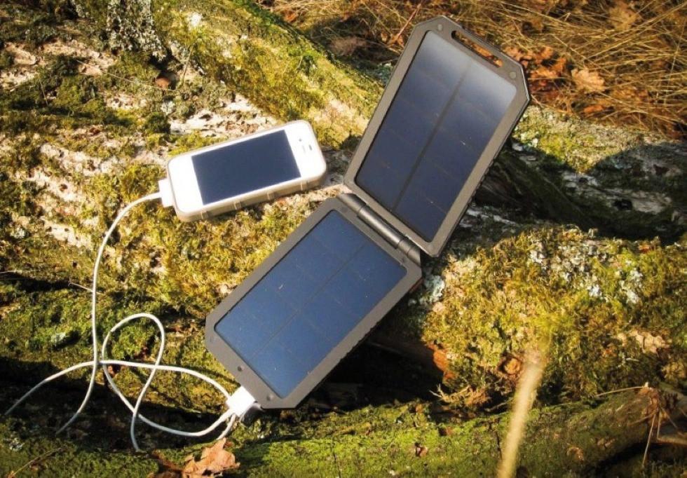 Solárna nabíjačka Xtorm Lava AM114 6000 mAh