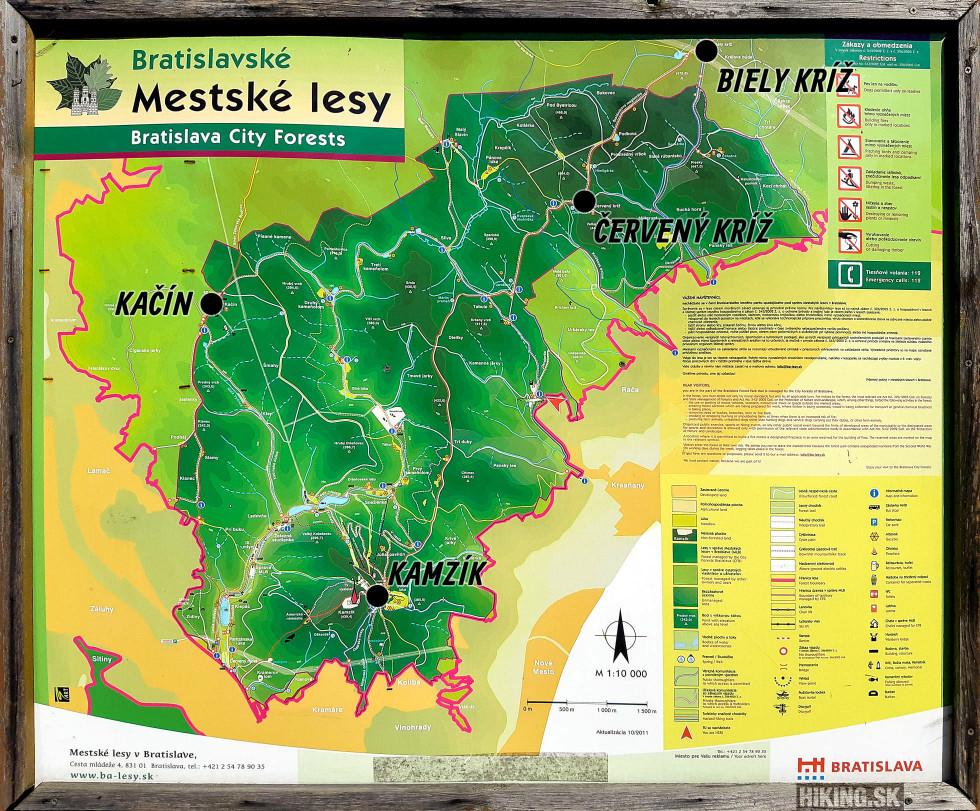 Mestské lesy Bratislava sú tmavozelenou farbou, ostatné lesy sú spravované Lesmi SR, resp. inými vlastníkmi