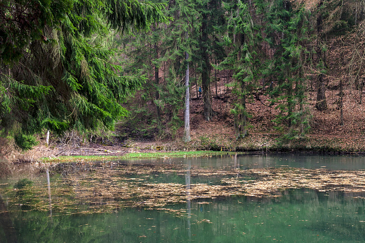 Spodné jazero