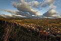 Malebna dedinka v udoli