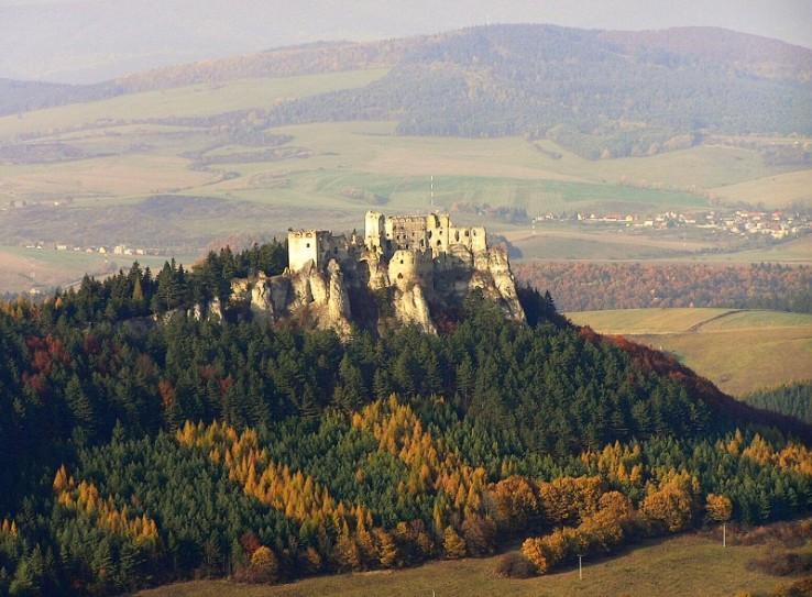 Zrúcanina hradu Lietava