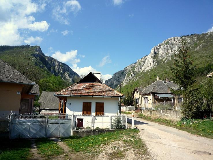 Obec Zádiel