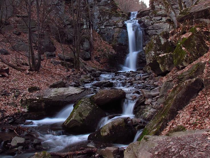 Starohutský vodopád I.