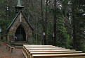 Přírodní kostel