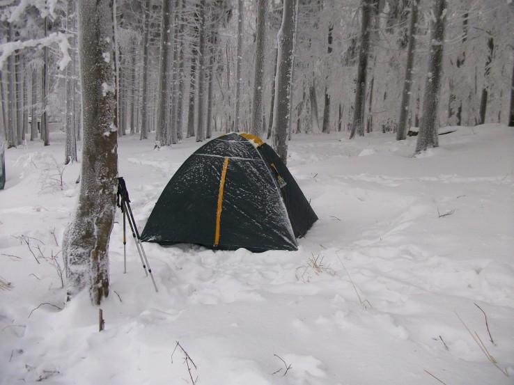 Zimné táborenie