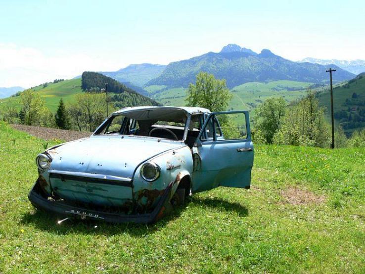 Zázrivá autosalón
