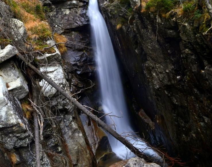 Obrovský vodopád