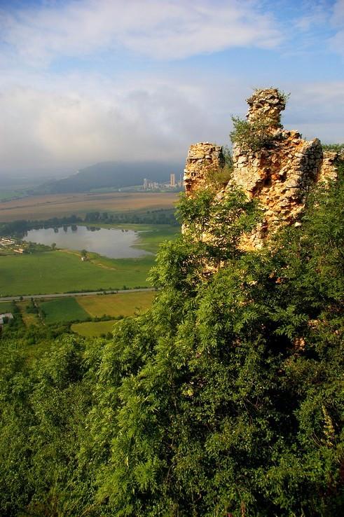 Pohľad z Turnianskeho hradu...