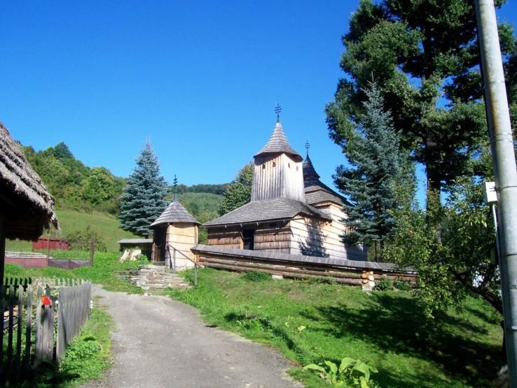 krajne_cierno_cerkva