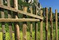 Gotická brána a plot / 1.0909