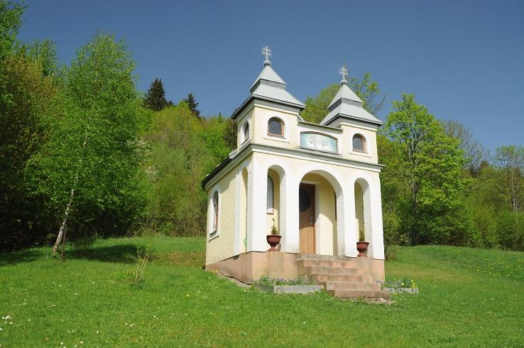 Kaplna v osade Zadná Šatina
