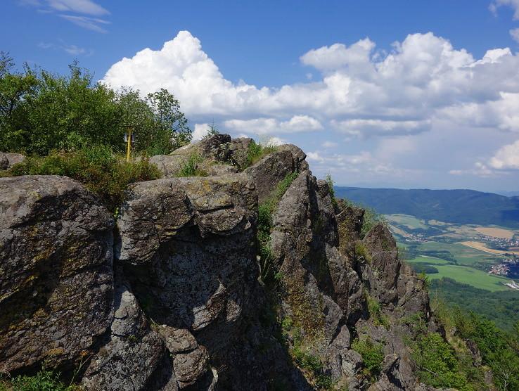 vrcholové skaly..