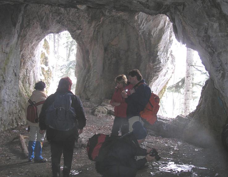 Jaskyňa Kaplnka nad Sásovou