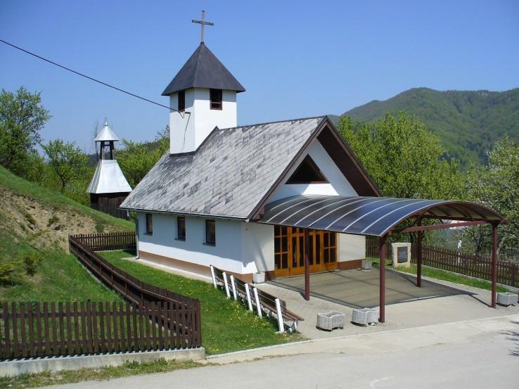 Dom smútku v Kostolci