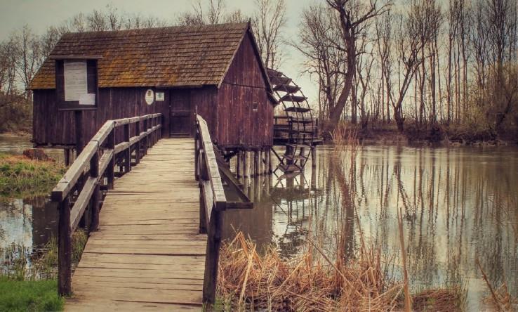 Kolový vodný mlyn.