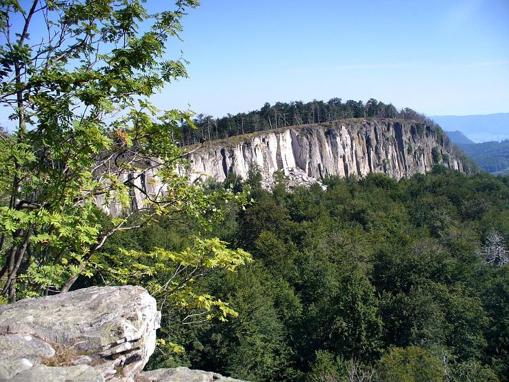 Biely kameň (1135 m)