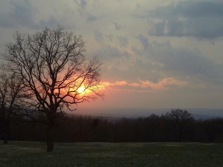 Západ slunce pod Lesnou