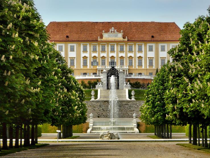 Zámok Schlosshof