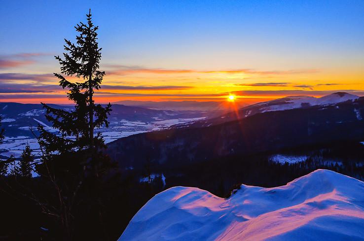 Keď slnko zapadá na Horehroní