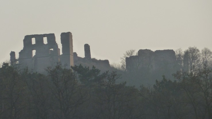 hrad Oponice