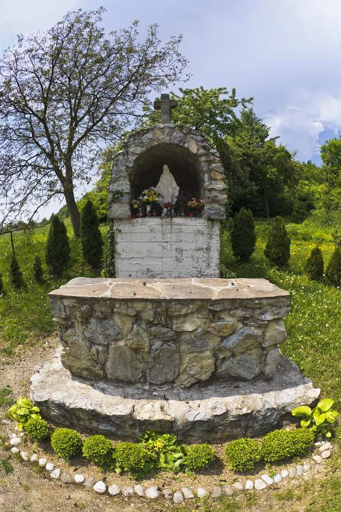 Kaplnka pri Kameničanoch
