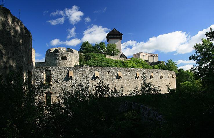 Trenčianský hrad od Breziny
